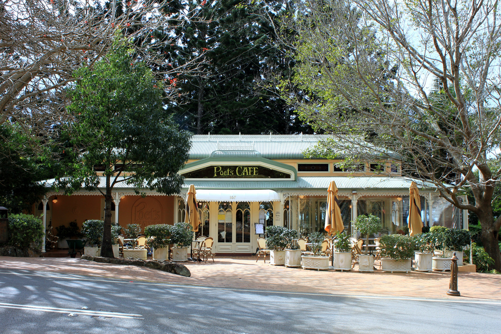 romantic getaways in australia montville