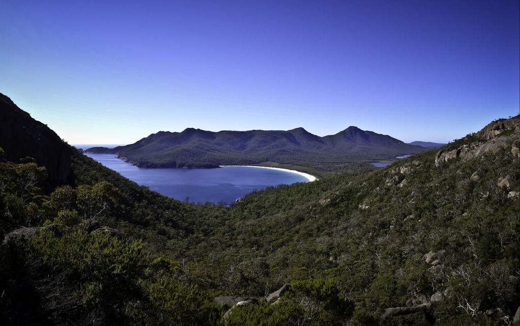 romantic getaways in australia freycinet national park