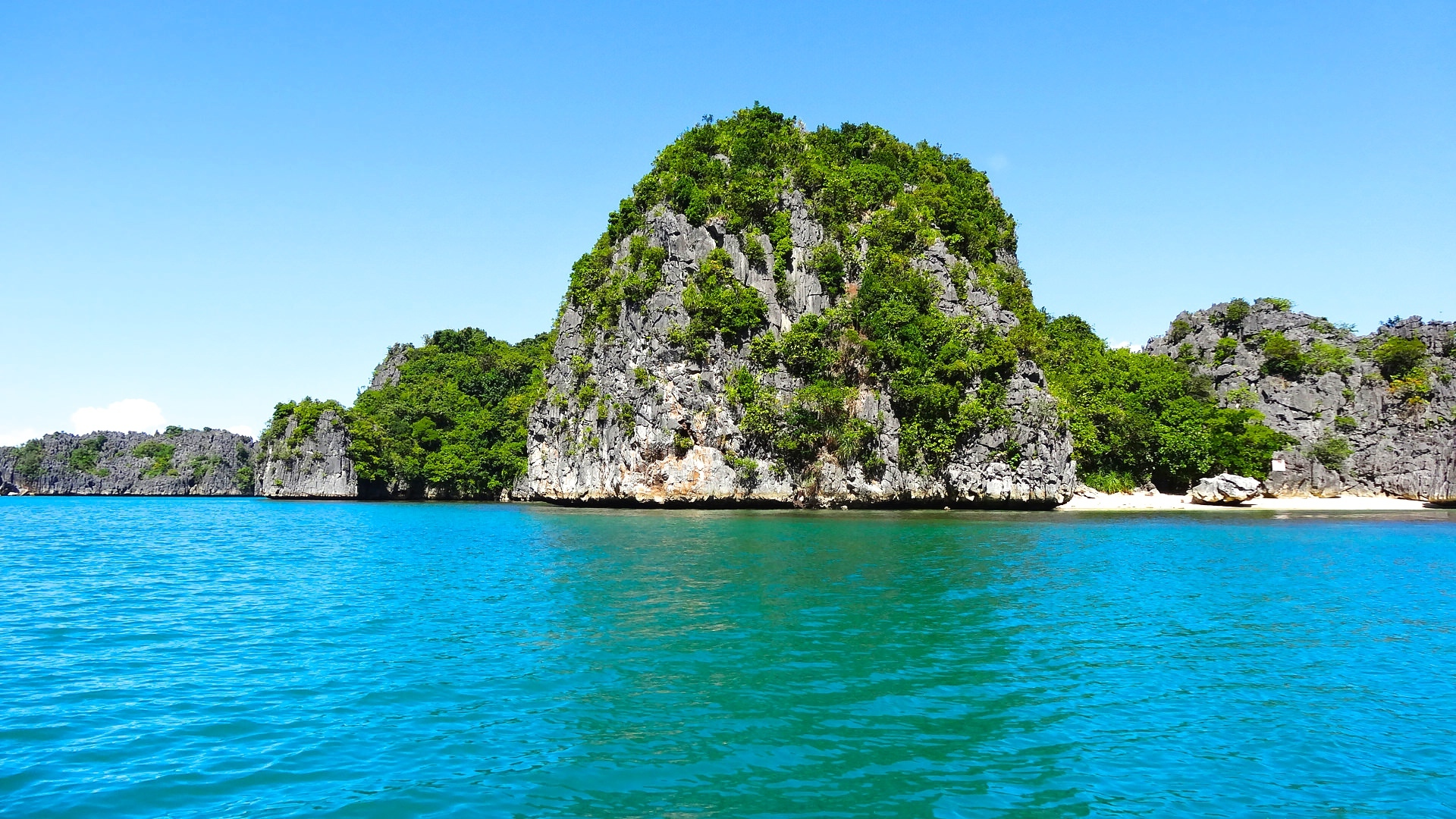 island hoping Confused about which islands to choose for your trip follow my complete guide for thailand island hopping and don't miss out on the best places.