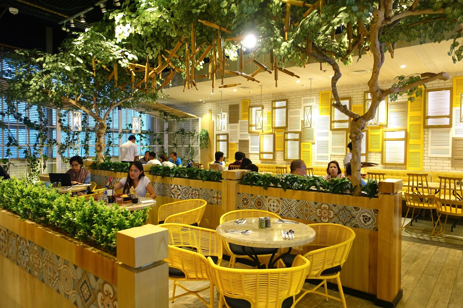 Eat Sip Repeat Where To Eat In Manila A Modern Wayfarer