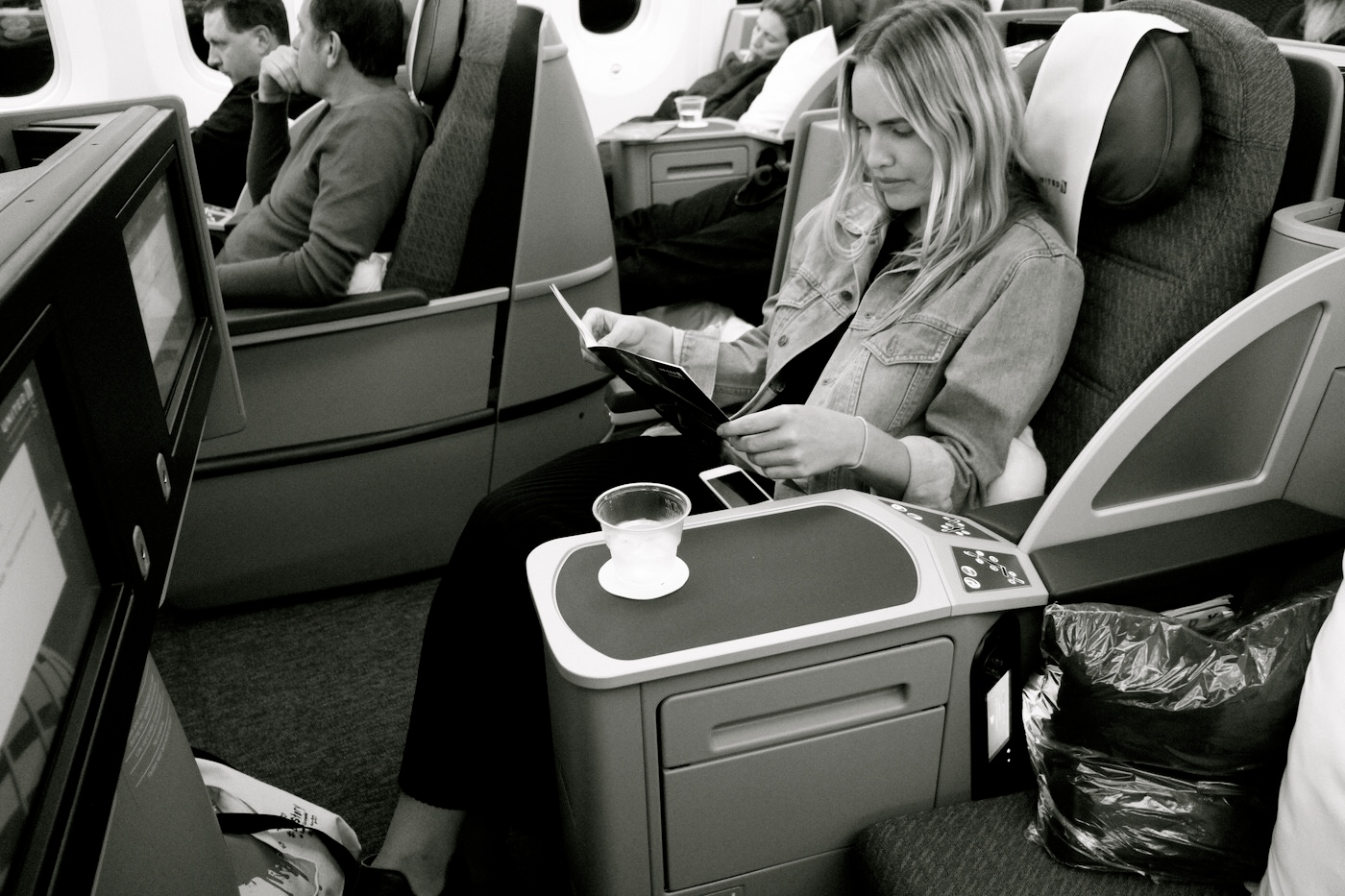 6 Unconventional Tips for Long Haul Flights Only A Frequent Flyer Would Know