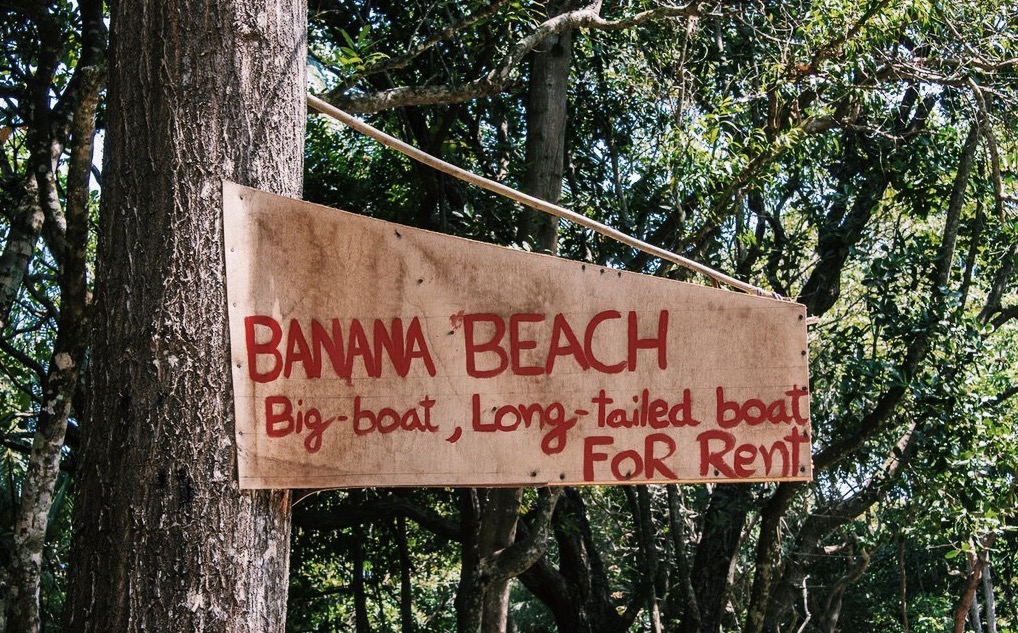 how to find banana beach