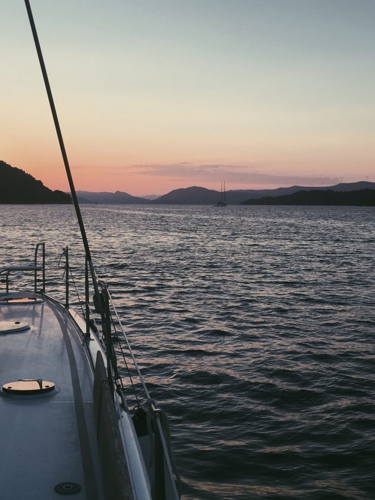 sailing with yacht getaways