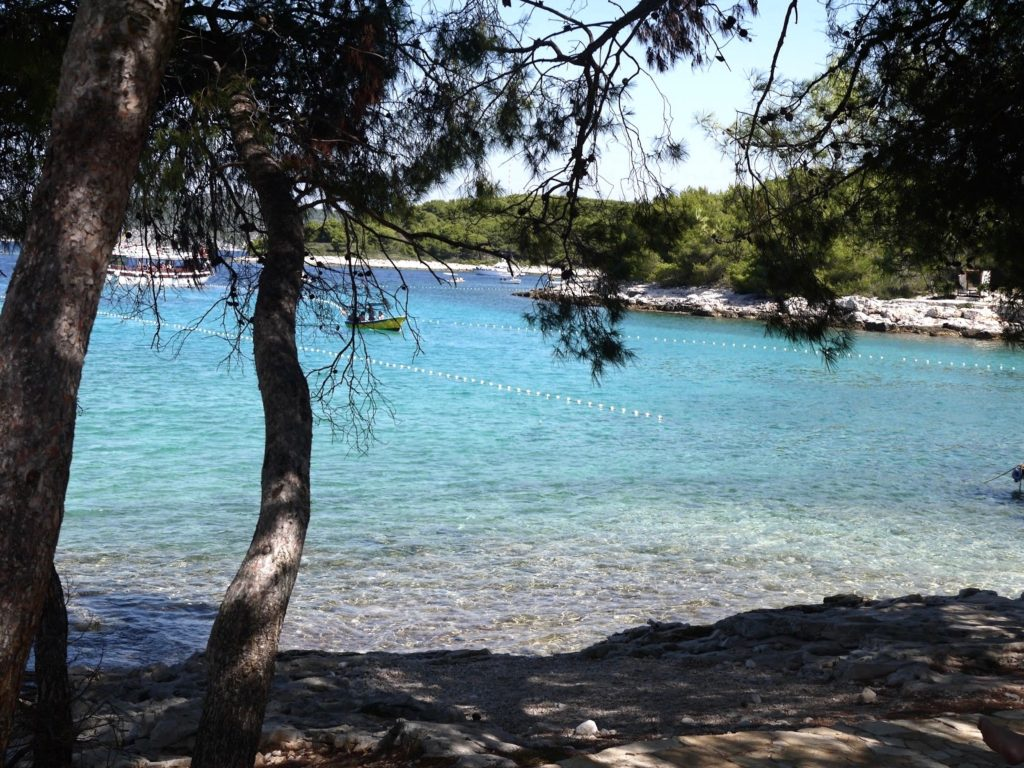 hidden-places-in-croatia-mlini-beach