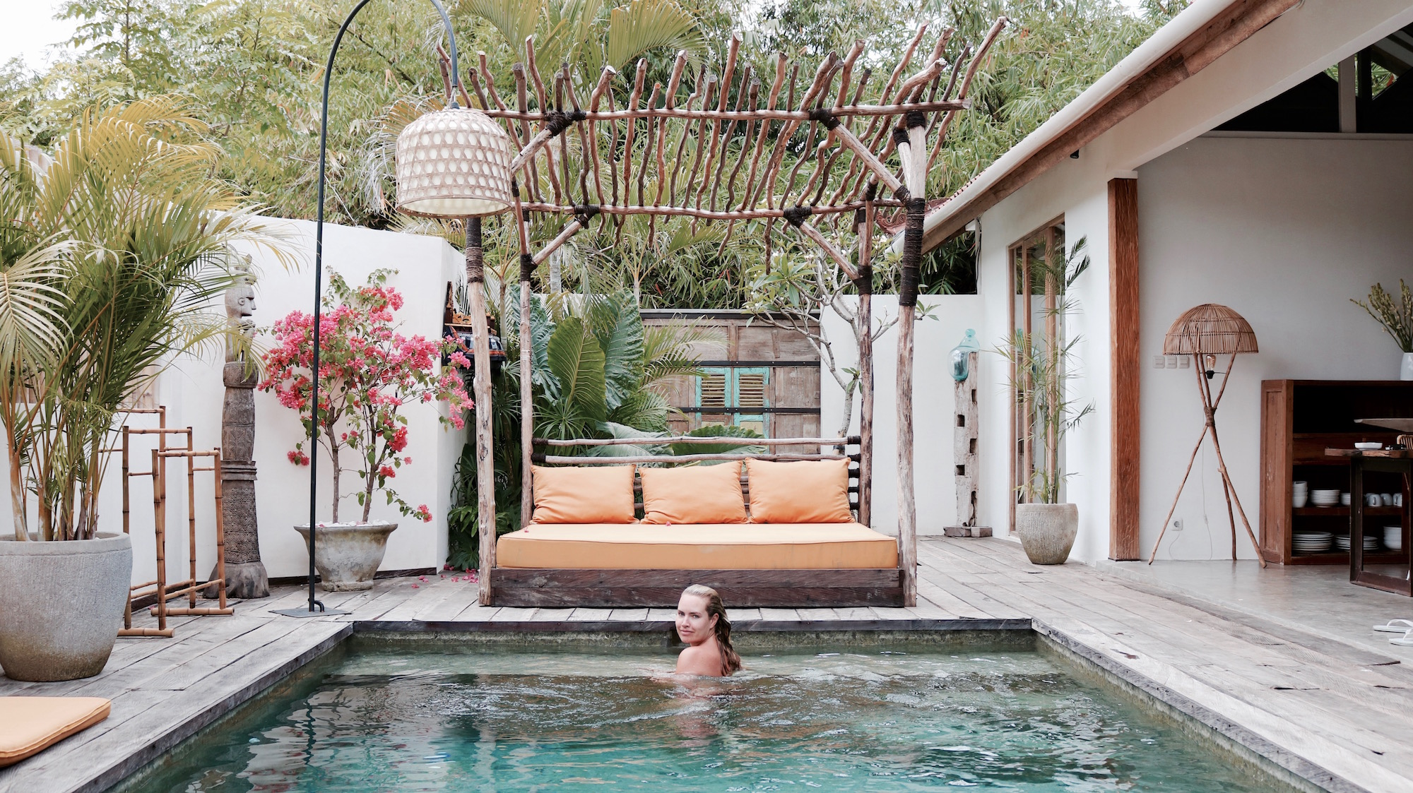 Villa masaya bali bringing the outside in a modern wayfarer for Leading boutique hotels of the world