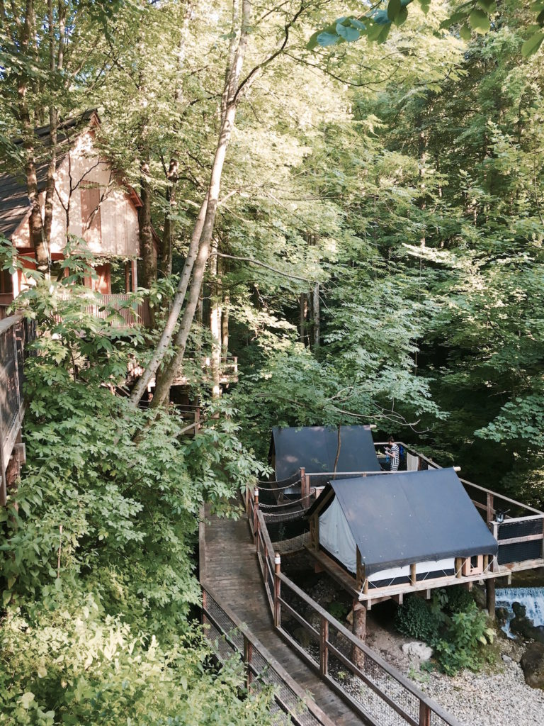 garden-village-lake-bled-treehouse