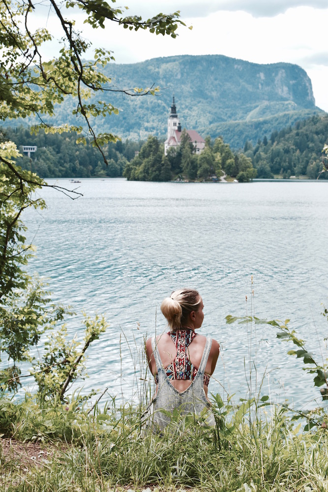 summer-in-lake-bled-stefanie-acworth