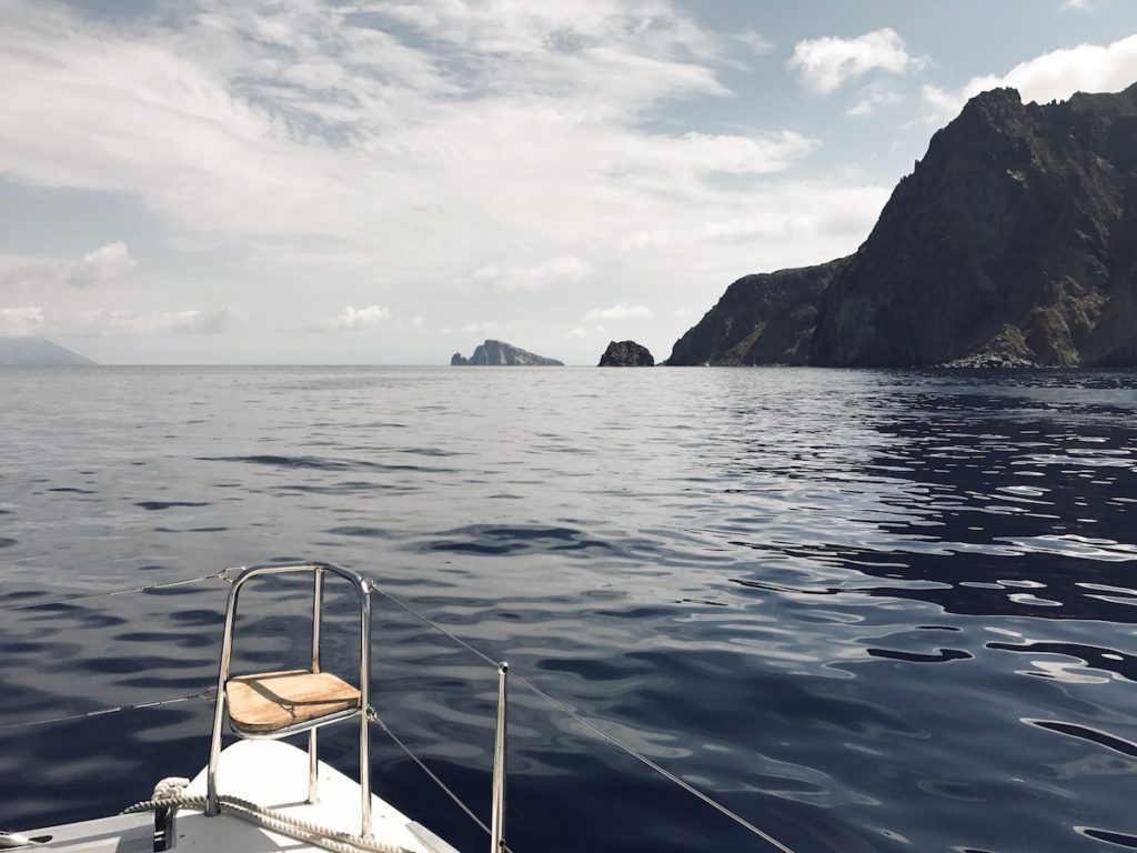 sail-the-aeolian-islands-yacht-getaways-11